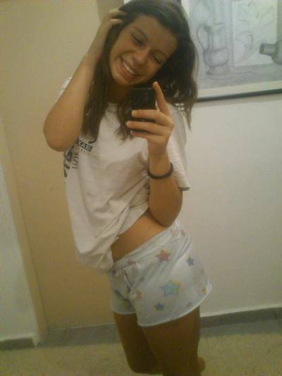 Emilia from Waterbury, Connecticut is interested in nsa sex with a nice, young man