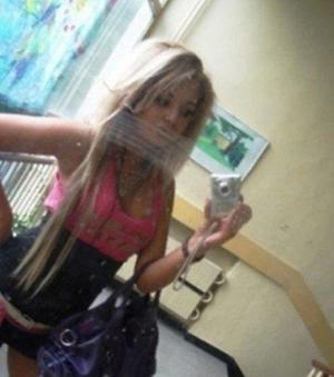 Neda from Little Rock, Arkansas is looking for adult webcam chat