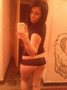 Latasha from Kansas is looking for adult webcam chat