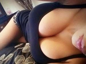 Letisha from Vermont is looking for adult webcam chat