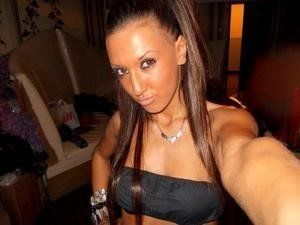 Kemberly from Knowlesville, New York is looking for adult webcam chat